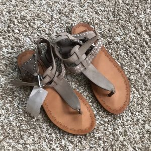 New with tags Dolce Vita sandals 7.5